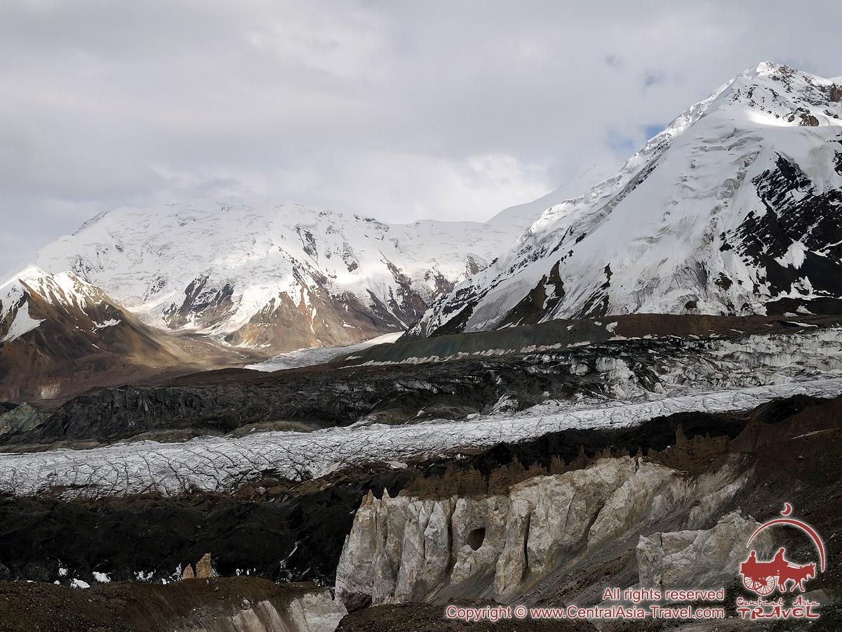 Going to the first camp (4400m). Lenin peak, Pamir, Kyrgyzstan