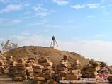Hillock Dzhumart-Kassab (ancient Mizdakhan Necropolis (IV century BC -. XIV century). Karakalpakstan, Uzbekistan