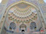 Входной портал медресе Абдулазиз-хана (XVII в.). Бухара, Узбекистан