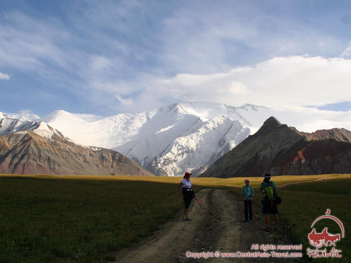Programme de l'ascension du pic Lénine (7134 m)