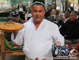 Uzbek chaikhana (teahouse). Central Asia, Uzbekistan