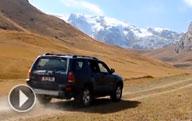 Aux tout terrain à travers le Kirghizistan