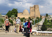 Ensemble mémorial Dorus-Saodat