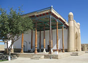 Monasterio de las mujeres sufi Kiz-Bibi