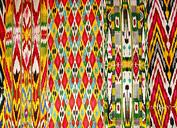 Fábrica de seda que teje Yodgorlik