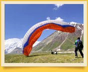 Paragliding in the Lenin Peak area