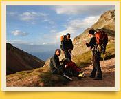 Les voyageurs pass (4150 m). Pic Lénine, Pamir, au Kirghizistan