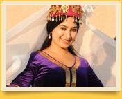Узбекский национальный женский костюм. Традиционная узбекская одежда