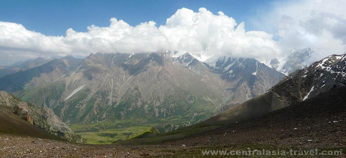 Acclimatization hike to Uriam pass
