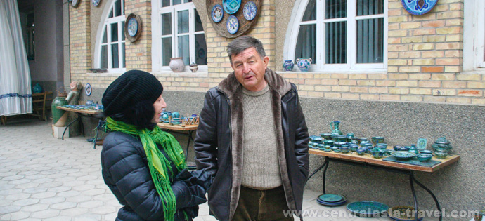 pottery workshop, rishtan ceramics. Rishtan, Uzbekistan, fergana valley, tour to uzbekistan