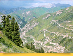 Moldo Ashuu Pass (3,110 m)