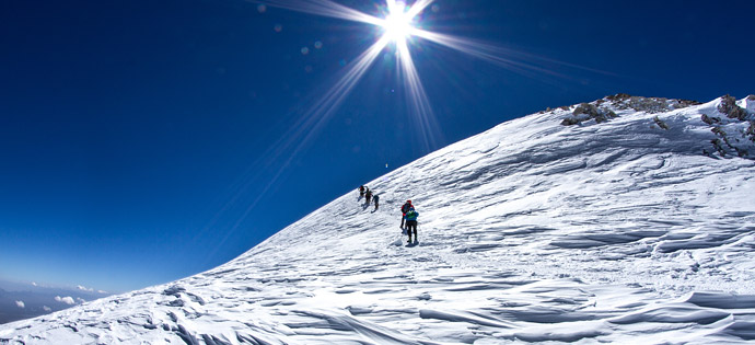 Ascent to the summit of the Lenin Peak (7134 m). Lenin peak