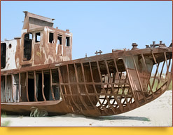 «Кладбища кораблей». Город-порт Муйнак