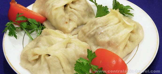 Manty. Plato nacional uzbeko Uzbekistán, Samarkanda, cocina de Uzbekistán, viaje a uzbekistán, viaje gastronómico, gran ruta de la seda