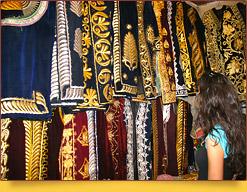 Usbekischen Kostüms