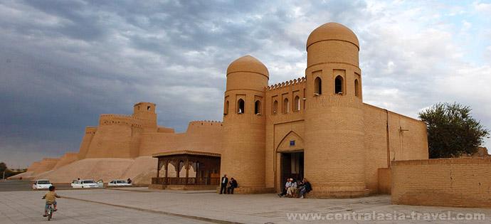Ichan-Kala, Khiva, tour to Uzbekistan
