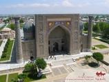 Sher-Dor Madrasah (17th c.). Samarkand, Uzbekistan