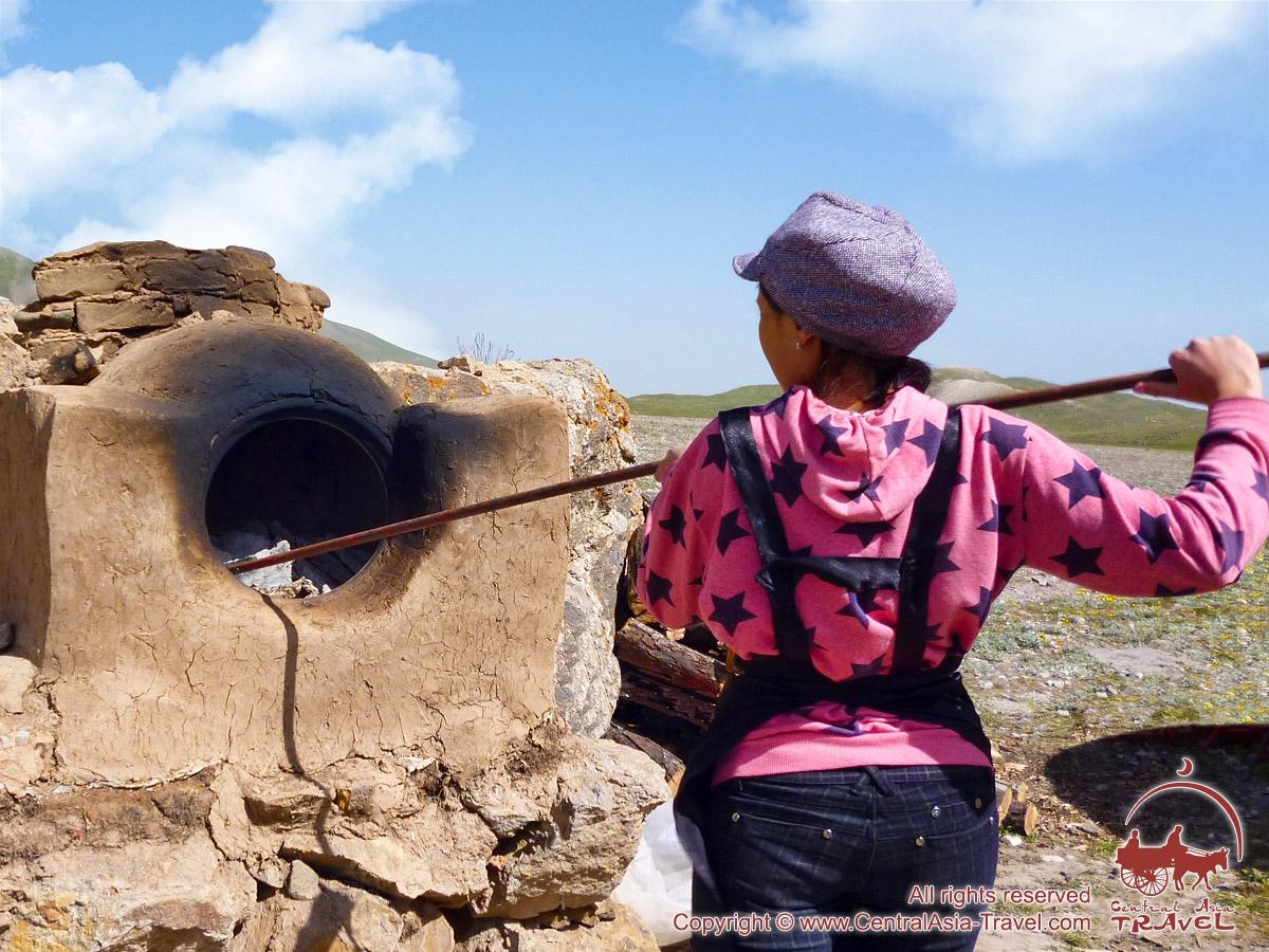 Киргизские лепешки. Лепешки в тандыре