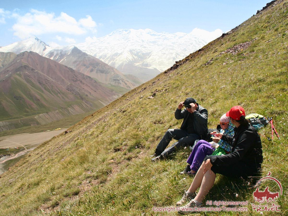 Гребень пика Петровского. Памир, Кыргызстан