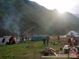 Лагерь на озере Сары-Челек. Тянь-Шань, Кыргызстан
