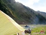 Лагерь на слиянии рек Кызыл-Суу и Курумду. Тянь-Шань, Кыргызстан