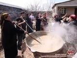 Приготовление сумаляка. Восточные обычаи и традиции