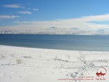 Зимний вид горного озера