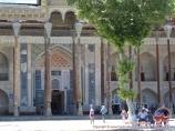 Complejo Bolo-Hauz. Plaza Registán en Bujará. Bujará, Uzbekistán