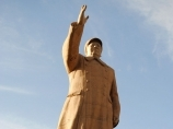 Mao Tse Tong monument in Kashgar