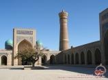 Complejo Poi-Kalyan (patio interior, s.s.XII-XVI). Bujará, Uzbekistán