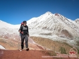 Ascenso a los Viajeros pasar (4150 m). Pico Lenin, Pamir, Kirguistán