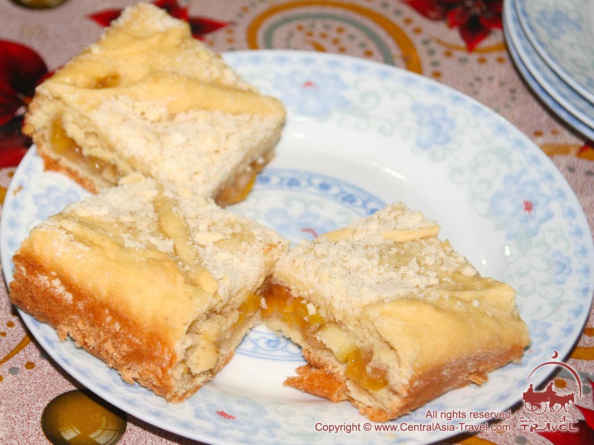 Десерт. Питание в базовых лагерях пика Ленина. Памир, Кыргызстан