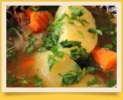 Shurpa. Usbekische Suppe, reich an Fleisch
