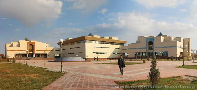 Музей им. И.В.Савицкого. Нукус, Каракалпакстан, тур в Узбекистан