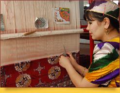 Teppichweberei  In Usbekistan