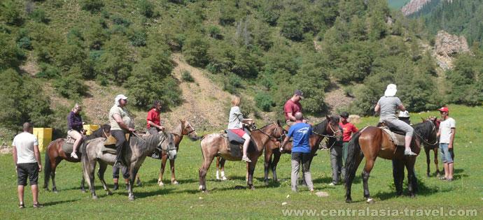 Randonnée équestre en Kirghizstan
