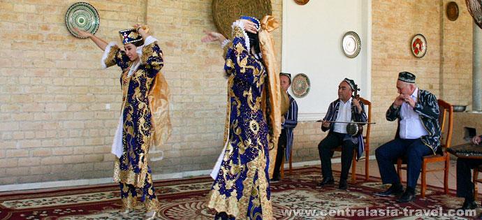 Узбекские национальные танцы. Узбекистан
