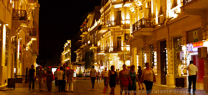 La Calle Nizami, Bakú, Azerbaidzhán