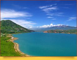 Чарвакское водохранилище. Западный Тянь-Шань, Узбекистан