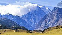 Viaje a los picos Sabakh y Aksú
