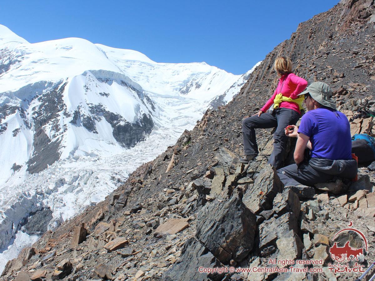 Paseo por el campo 1. Pico Lenin, Pamir, Kirguistán