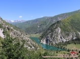 Karakamish lake. Tien Shan, Kyrgyzstan