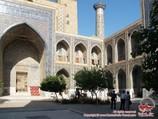 Медресе Улугбека (XV века). Площадь Регистан, Самарканд, Узбекистан