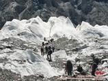 Vers le pied du Pic Khan-Tengri