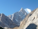 Долина реки Аксу, Кыргызстан, район Памиро-Алая