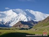 Lenin Peak (7134 m)
