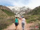 Прогулка вверх по ущелью Аксай. Горы Чимгана, Узбекистан