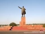 Памятник Владимиру Ленину в городе Ош