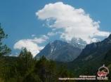 Пик Аксу (5355 м), пик Искандер (5120 м), пик Петроградец. Баткенский район, Кыргызстан