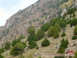 Спуск с перевала Ак-Тюбек (4383 м), долина Орто-Чашма. Баткенский район, Кыргызстан